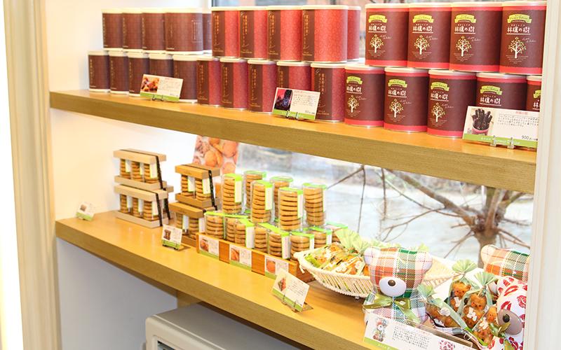 焼き菓子の棚2の画像